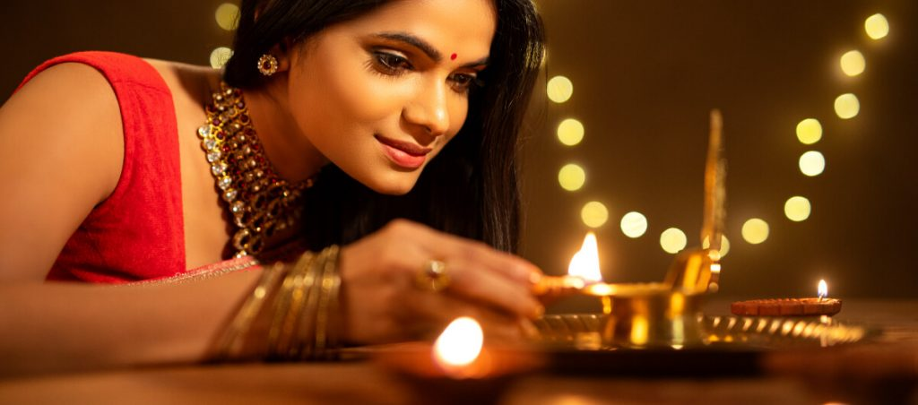 Safety measures should pregnant women take during Diwali